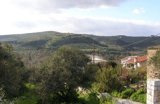 Θέα από οικόπεδο 400 τ.μ. κτίζει 240 τ.μ. στο Σιρίλι.