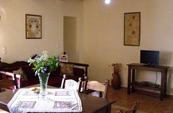 Ενοικιάζεται παραδοσιακή κατοικία 70 τ.μ.