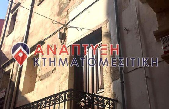 Πωλείται ιστορικό κτήριο στην περιοχή Σπλάντζια στα Χανιά