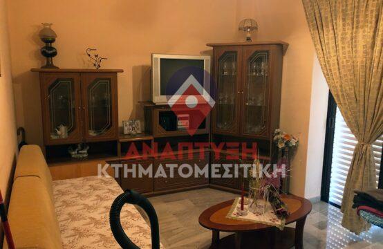 Πωλείται 3άρι διαμέρισμα 74 τ.μ., γωνιακό Α' ορόφου, με 2 υπνοδωμάτια, στην περιοχή Αμπεριά Χανίων